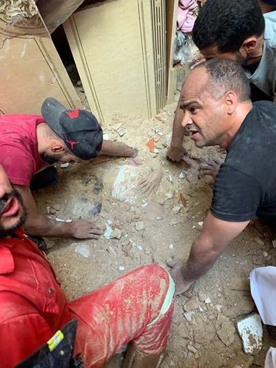 سقوط عمارة بشارع شوقي بمدينة طرابلس